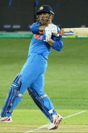 Sachin Tendulkar Feels MS Dhoni Role Should Be That Of Team Indias Anchor