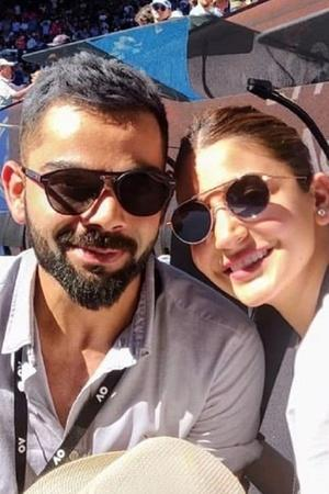 Soaking In The Sun Virat Kohli And Anushka Sharma Enjoy A Date At Australia Open 2019