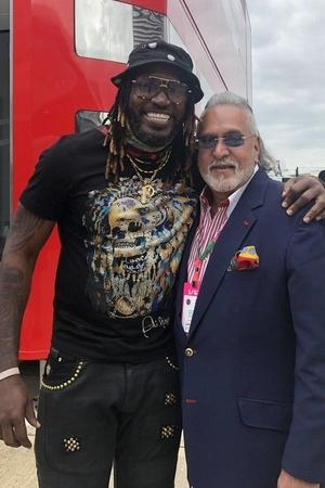 After Vijay Mallya Gets Trolled For Pic With Chris Gayle He Says Losers Are Calling Him Chor