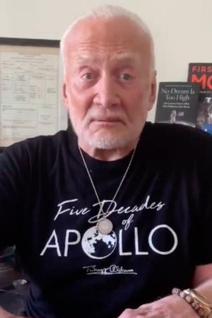 buzz aldrin apollo 11 moon landing apollo astronaut apollo 11 moon landing