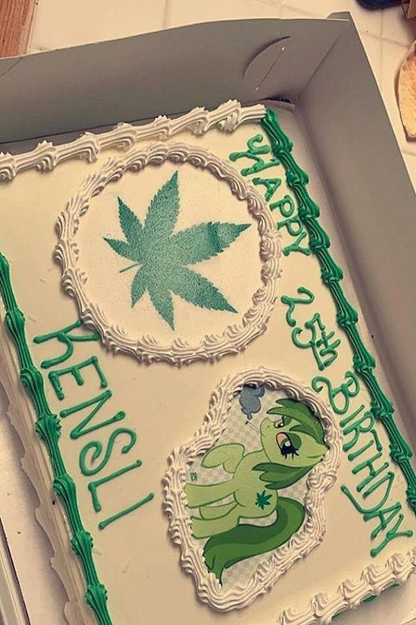 Mom Orders A Moana Cake For Her Daughters 25th Birthday Gets Marijuana One Instead