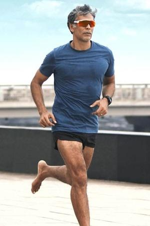 Fitness Enthusiast Milind Soman Prefers Outdoor Exercise Over Gymming Heres Why