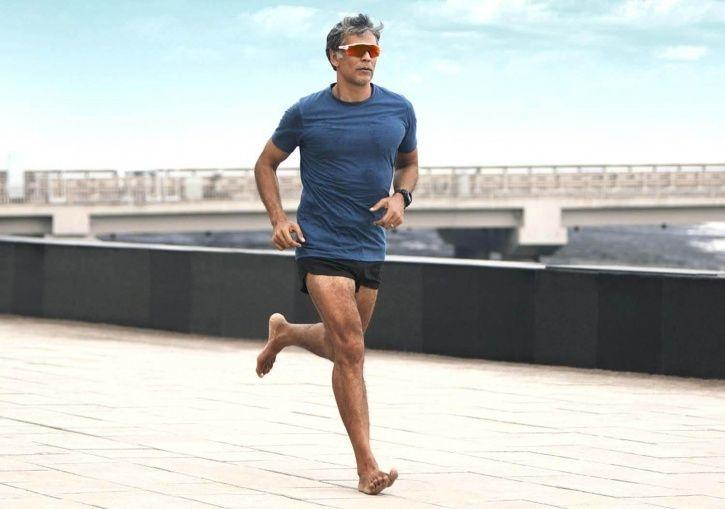 Fitness Enthusiast Milind Soman Prefers Outdoor Exercise Over Gymming, Here's Why!