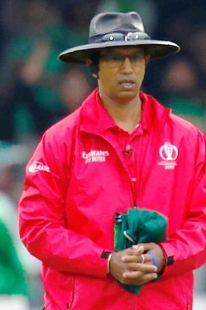 kumar dharmasena admit his error