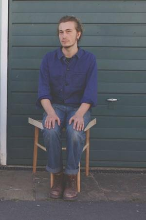 Tired Of Manspreading Infringing Personal Space UK Woman Designs Chair That Restricts How Men Sit