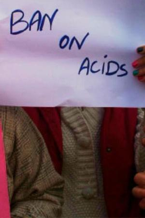 19YearOld Girl Arrested For Throwing Acid On Her Boyfriend To Prevent Break Up In Delhi