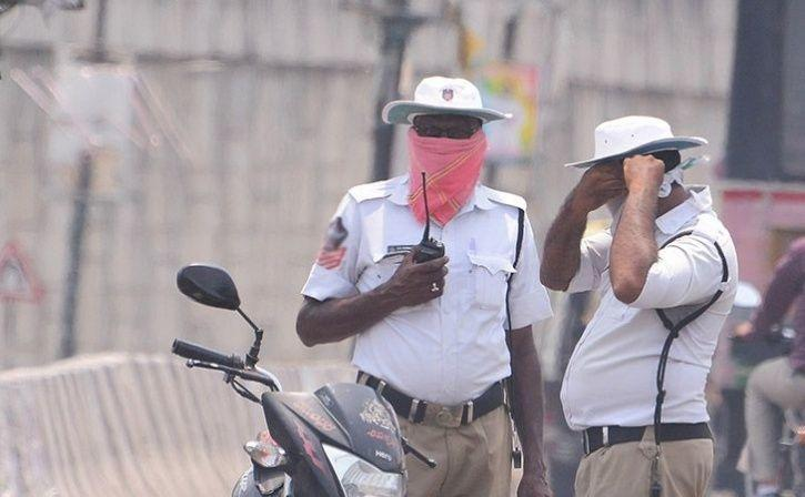 air conditioned helmets for traffic police