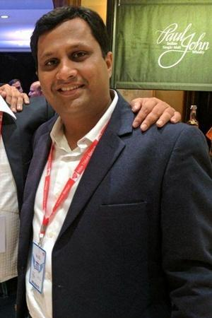 akhil gupta nobroker nobroker startup no broker real estate portal real estate