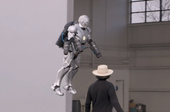 flying iron man suit:Man Makes Real Iron Man Suit That Can Fly 15