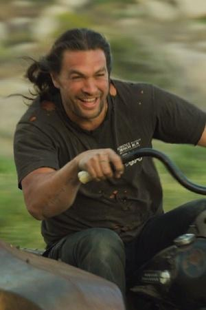 Jason Momoa Builds Harley Davidson From Scratch With The Help Of His Kids Its Beautiful