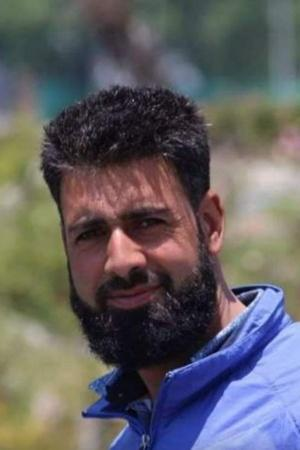 Kashmir Travel Guide Died While Saving 7 After Boast Capsizes In Pahalgam