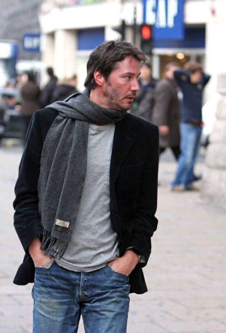 Keanu Reeves once drove a stranger 50 miles out of his way!