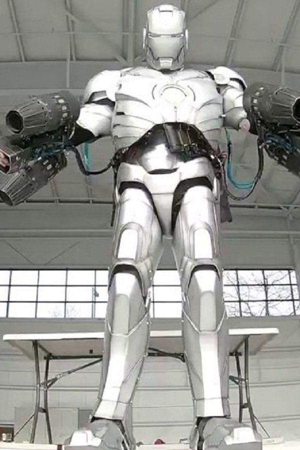 Indiatimes Entertainment news:Man Makes Flying Iron Man Suit, Jason