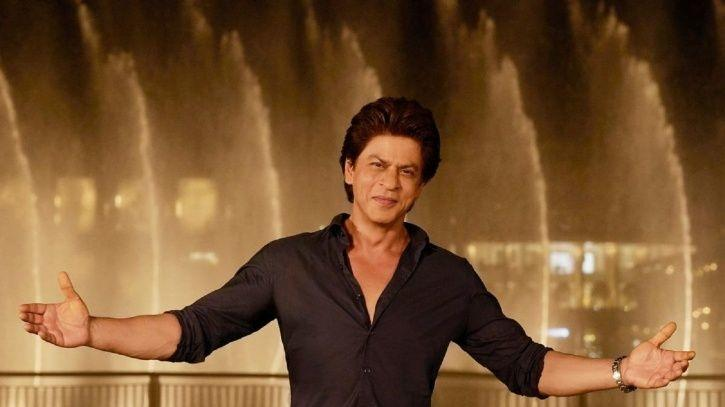Shah Rukh Khan Attends His Make-Up Man's Wedding & Wins The Hearts Of His Fans All Over Again