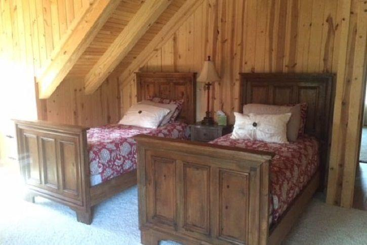 Tony Stark cabin airbnb