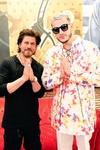 DJ Snake Calls Shah Rukh Khan A Legend As They Pose Together Fans Cant Control Their Excitement