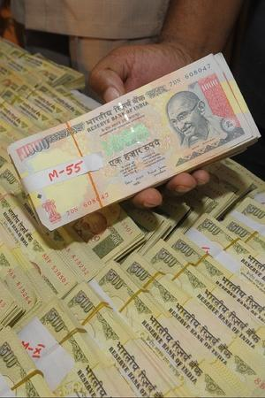 RBI Says It Doesnt Know How Many Demonetised Notes Were Used At Petrol Pumps To Pay Bills