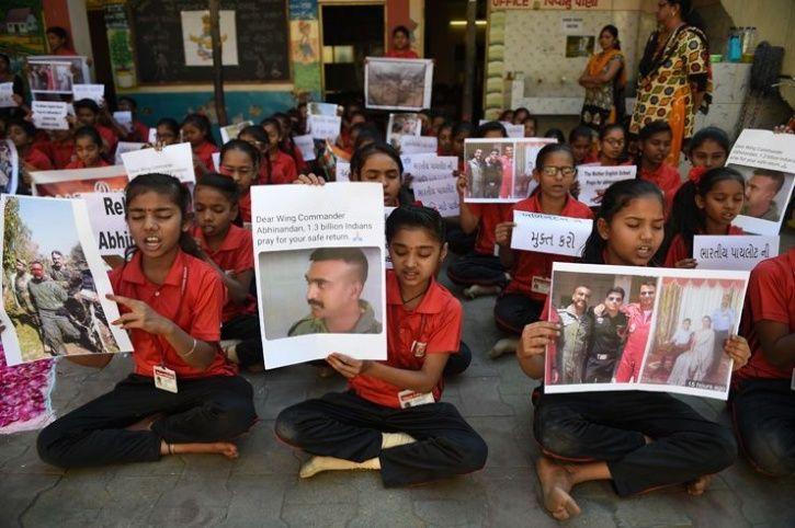School Kids demanding release of Abhinandan Varthaman