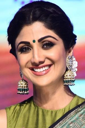 Shilpa Shetty Hides Under The Sofa Seeing Her Old Films Says She Laughs At Her Fashion Sense