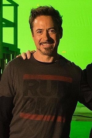 A picture of Robert Downey Jr with Stan Lee