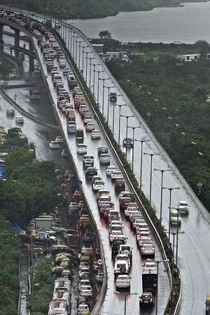 India Electric Vehicles India EV Savings India FAME Scheme India EV Plans India Energy Demands