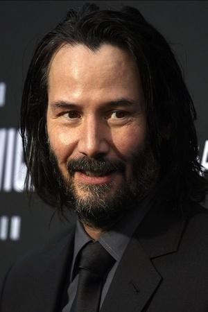 Keanu Reeves Once Bought An IceCream Just So He Could Give His Fan An Autograph On Its Receipt