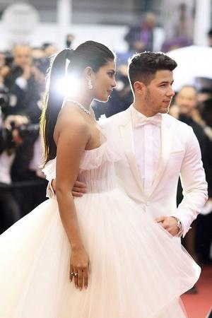 Nick Jonas and Priyanka Chopras one year anniversary tribute posts are adorable