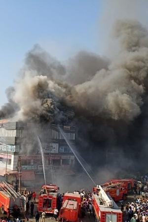 surat building fire