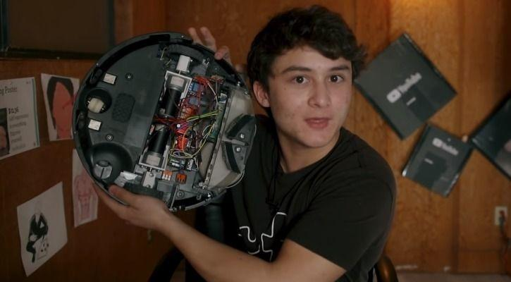 Swearing Robot This Guy Built A Roomba That Swears Loudly