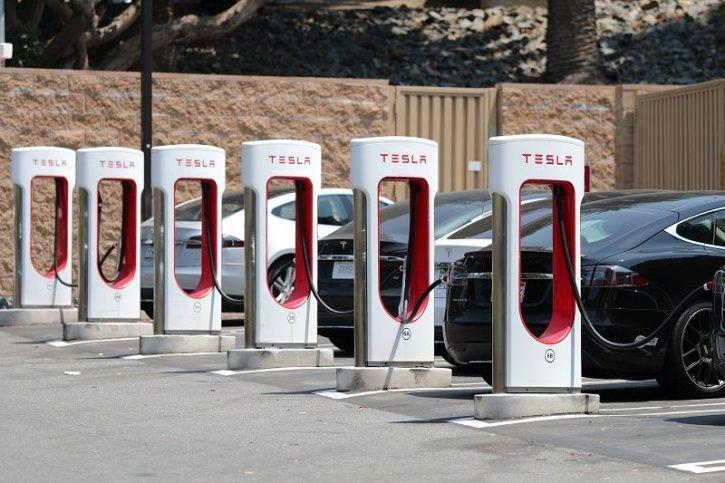 Tesla Charging, Tesla Supercharging Station, Tesla Supercharger Limit, Tesla Supercharger Norms, Ele