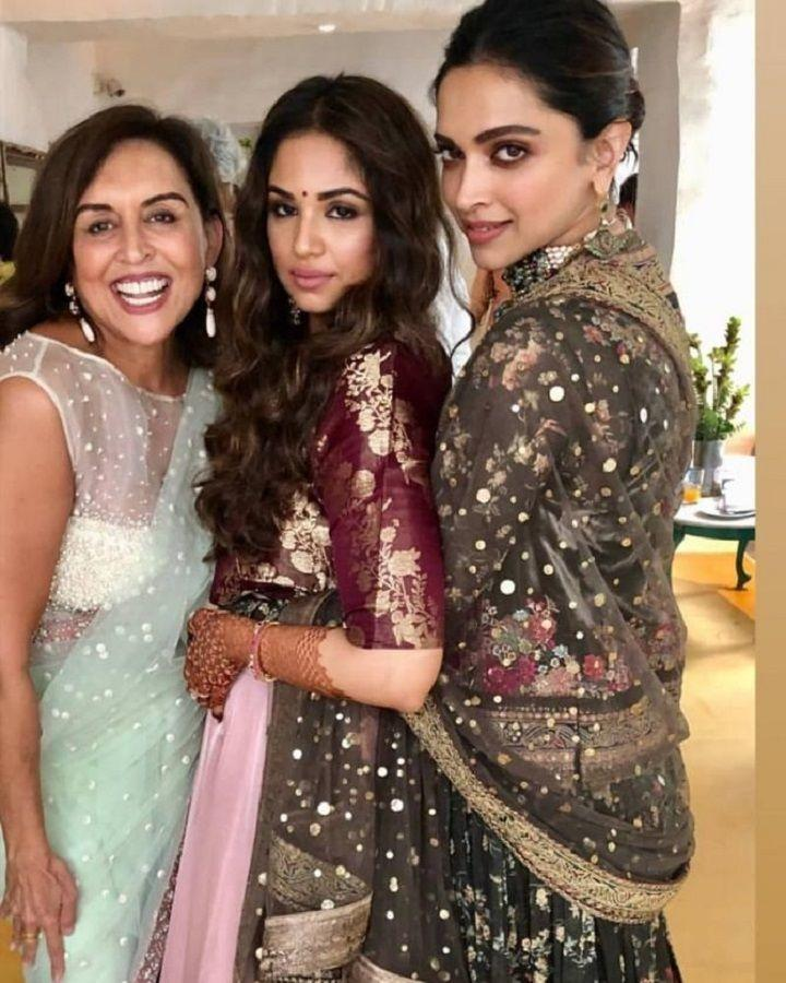 From Singing & Dancing To Enjoying Festivities, DeepVeer Had A Ball At Friend's Wedding In Bengaluru