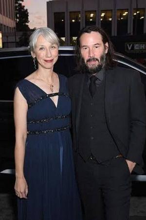 Keanu Reeves Goes Official With His First Girlfriend In Decades Fans Are Beyond Happy For Him