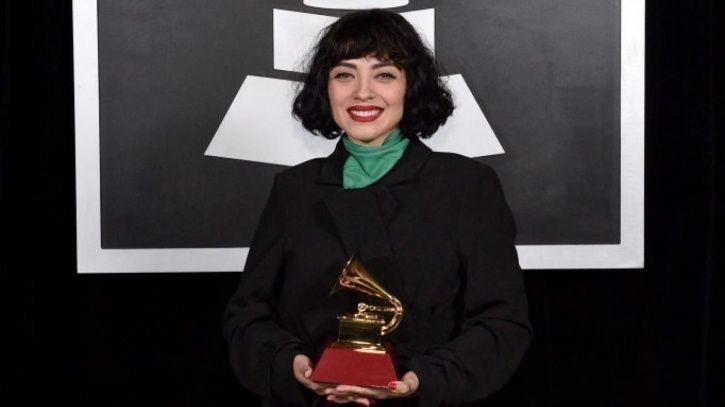 Singer Mon Laferte Exposes Breasts At Latin Grammys To Protest Against Chilean State Violence