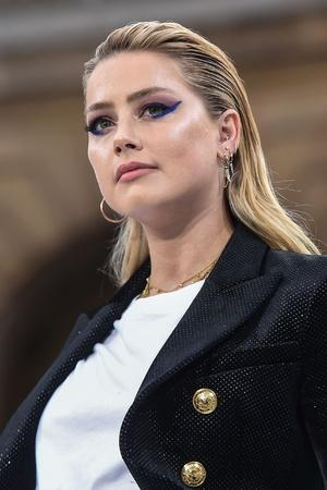 Amber Heard Slams Instagram