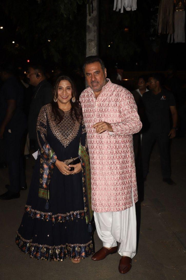 Boman Irani at Bachchans Diwali party.