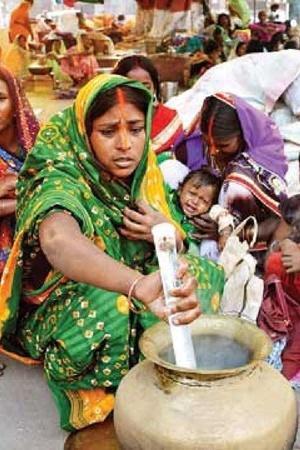 chulha muslim family of bihar chhath puja patna adalatganj mud stove festive season