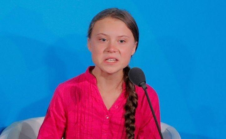 Greta Thunberg Mock Putin