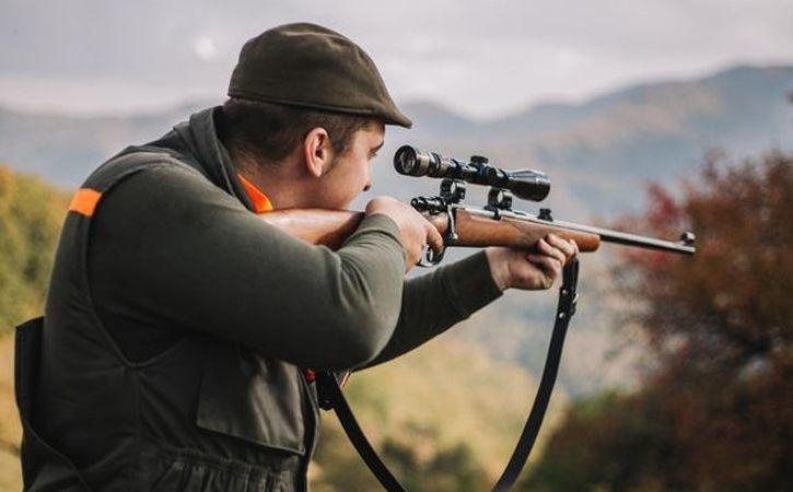 hunter killed by deer