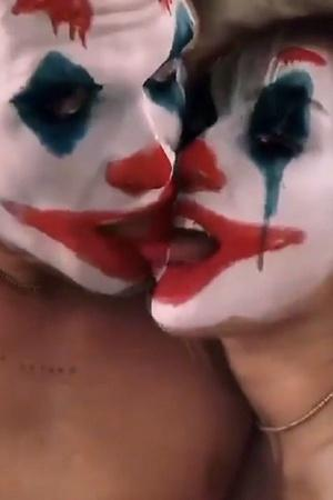 Miley Cyrus Cody Simpson Kiss And Cuddle Using A Joker Filter Its Messing With Our Heads
