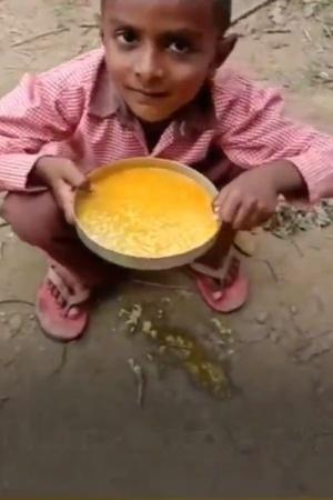 Primary School Students Forced To Eat TurmericRice For MidDay Meal In Uttar Pradesh