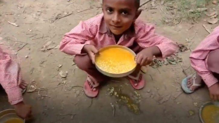 Primary School Students Forced To Eat 'Turmeric-Rice' For Mid-Day Meal In Uttar Pradesh