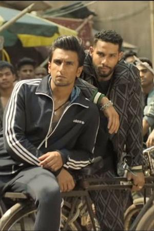 Ranveer Singh Alia Bhatts Gully Boy Wins Best Film Honour At Asian Academy Creative Awards