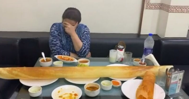 Sara Ali Khan & Mom Amrita Singh Eating An Enormous Dosa Is All Of Us Going Overboard On Cheat Days