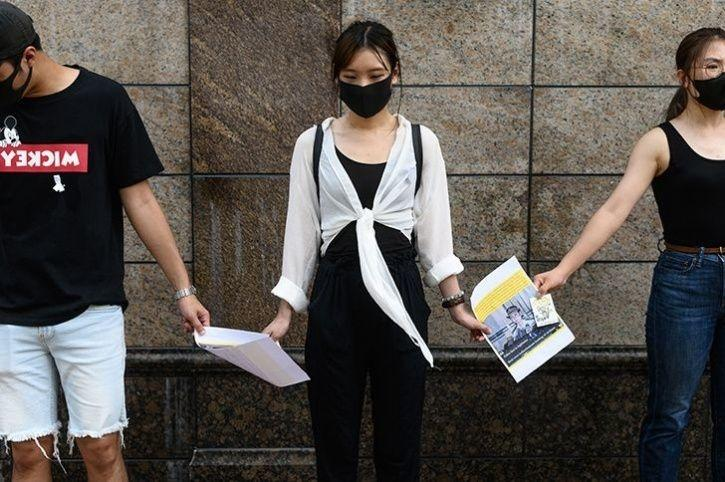 Hundreds Of Students In Hong Kong Formed Human Chains15