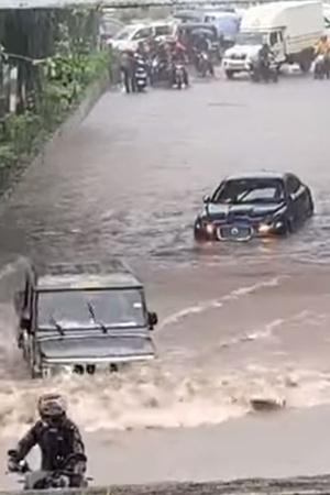 Mumbai Rain Bolero