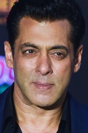 Salman Khan Confirms Hes Doing Sanjay Leela Bhansalis Inshallah Says It Wont Be Made Without Him