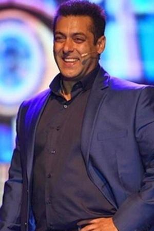 Salman Khan To Have Special Power Contestants Divided Into Players Ghosts Heres Dope On Bigg B
