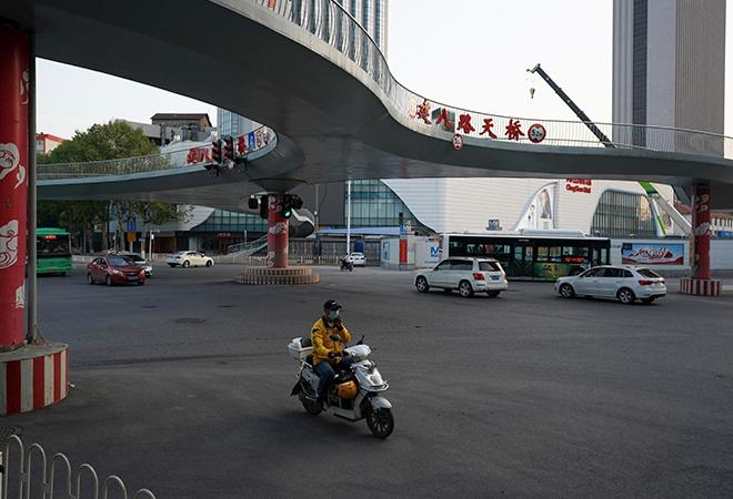 Before And After Pictures Show How Wuhan Returns To Life After Covid-19 Lockdown