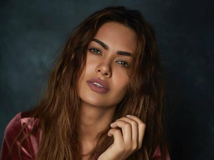 Man Posts A Vulgar Comment On Esha Gupta