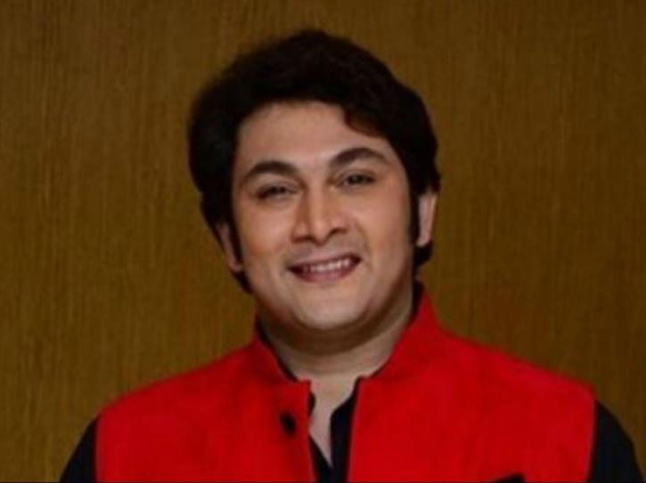 Rajesh Kumar AKA Roshesh Convinced His Son For 11 Years That Sarabhai Is A Good Show, Now He
